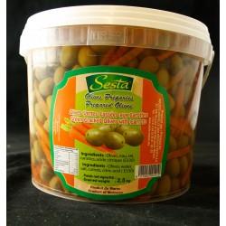 Oliven mit Karotten